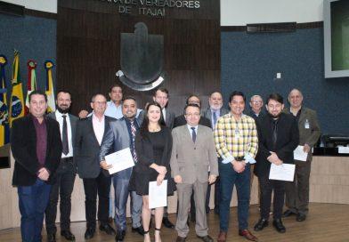 Novos conselheiros são investidos em cerimônia com a comunidade